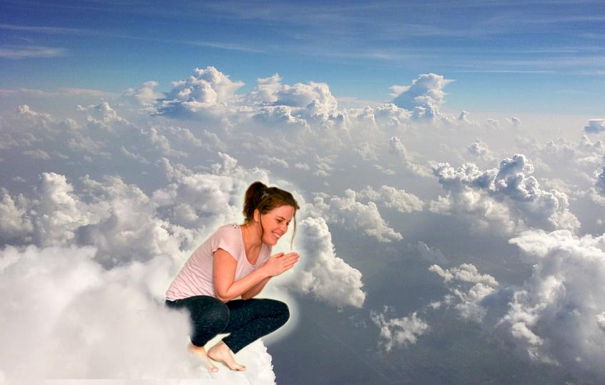 aimeraude dans les nuages